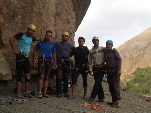 اولین دوره کارآموزی پیشرفته ی سنگ با حضور یکی از اعضای هیئت کوهنوردی و صعودهای ورزشی شهرستان شهریار