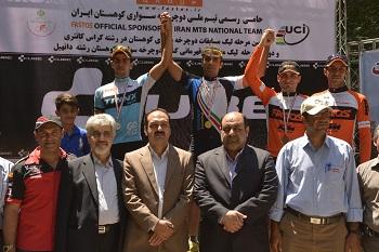 محسن رمضانی دوچرخه سوار شهریاری مقام سوم لیگ کوهستان را کسب کرد