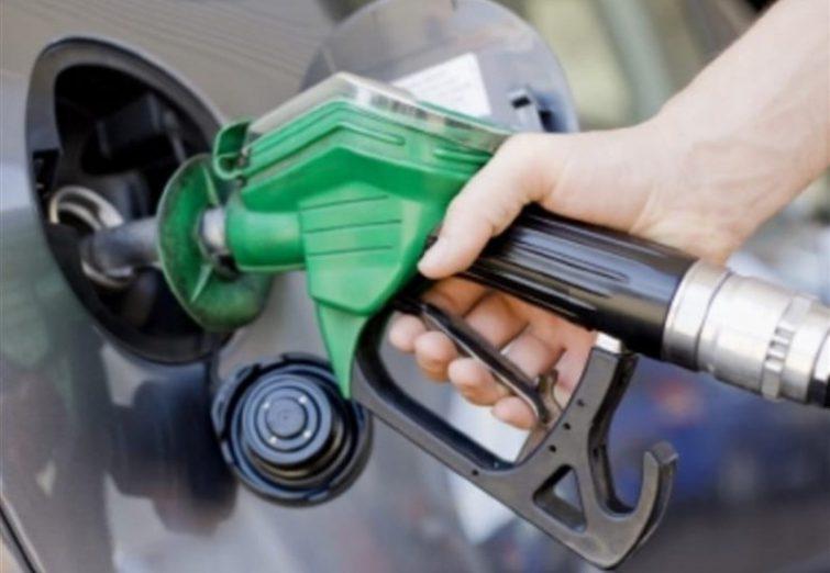سهمیه بنزین به شرط عبور نکردن از ۳۶۰ لیتر در کارت ذخیره میشود