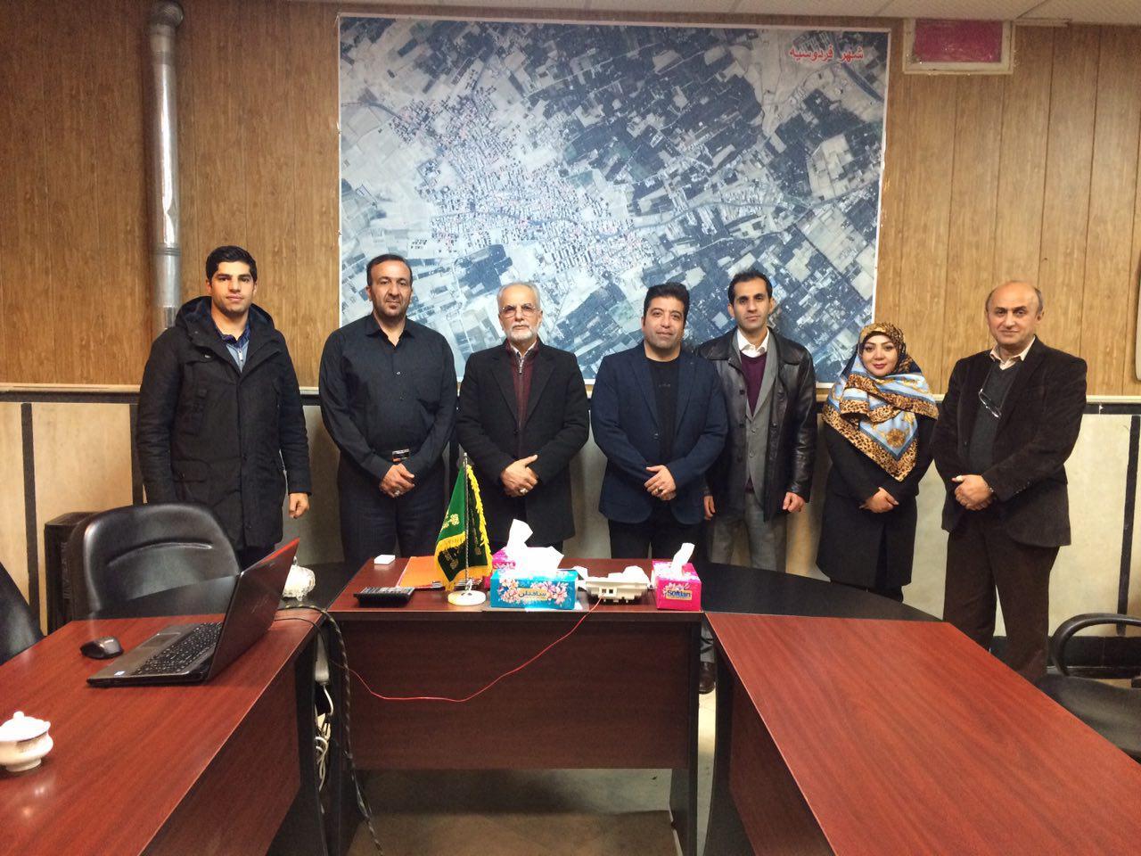 حضور رئیس فدراسیون موتور سواری و اتومبیلرانی در شهر فردوسیه