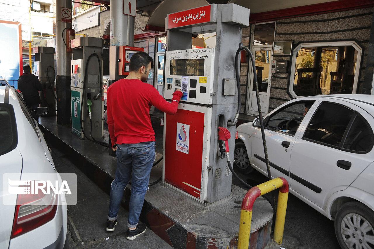 جایگاههای سوخت تعطیل نمیشود