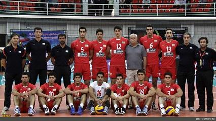 تمرین مشترک تیم ملی والیبال جوانان کشورمان با جوانان شهریاری