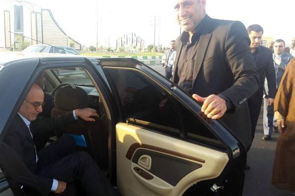 سفر استاندار به قدس/استاندار: خانه جوان و سینما راه اندازی شود