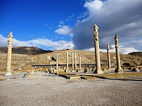 عکس/ تخریب بنای تاریخی تخت جمشید