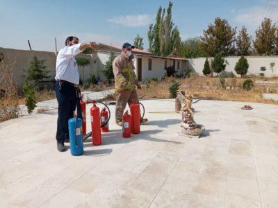 برگزاری دوره های آموزشی اطفا حریق در مراکز غیردولتی بهزیستی در شهرستان ملارد