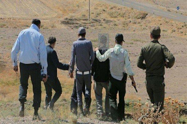 دستگیری جویندگان گنج در رباط کریم/ادوات حفاری توقیف شد