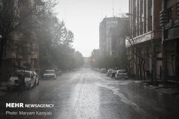 بارش تگرگ در غرب تهران