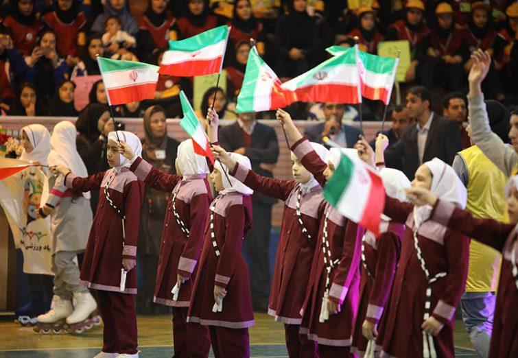 برگزاری مراسم اولین آیین افتتاحیه انجمن های ورزشی دانش آموزان سراسرکشوردرشهراندیشه