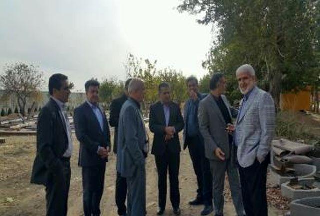 بازدید سرزده جمعی از مسئولان استانی از اراضی کشاورزی شهریار