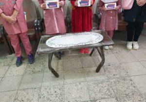 500 دستگاه تلفن همراه و تبلت به دانشآموزان نیازمند شهریار اهدا شد