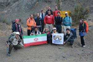 صعود گروه کوهنوردی شهریاران به قله پورابه مناسبت روز کوهنورد و هفته تربیت بدنی