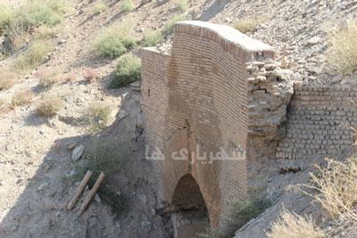 پل تاریخی دختر بادامک، شهریار