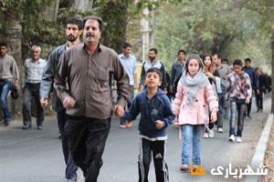 همایش پیاده روی به مناسبت هفته تربیت بدنی و ورزش در شهریار برگزار شد