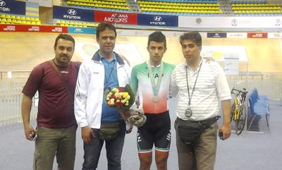 اولین مدال کاروان دوچرخه سواری ایران برای جوان شهرقدسی