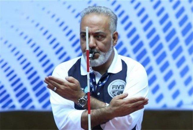قضاوت های تحسین برانگیز شاهمیری در مسابقات والیبال جام قهرمانان