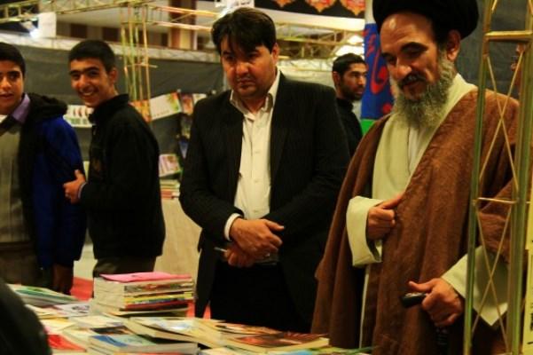 دومین نمایشگاه بزرگ کتاب شهریار گشایش یافت