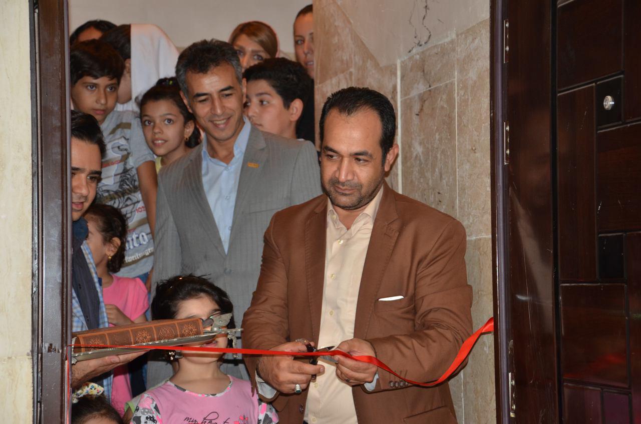 نخستین نمایشگاه نقاشی فرزندان تعاونی انقلاب افتتاح شد