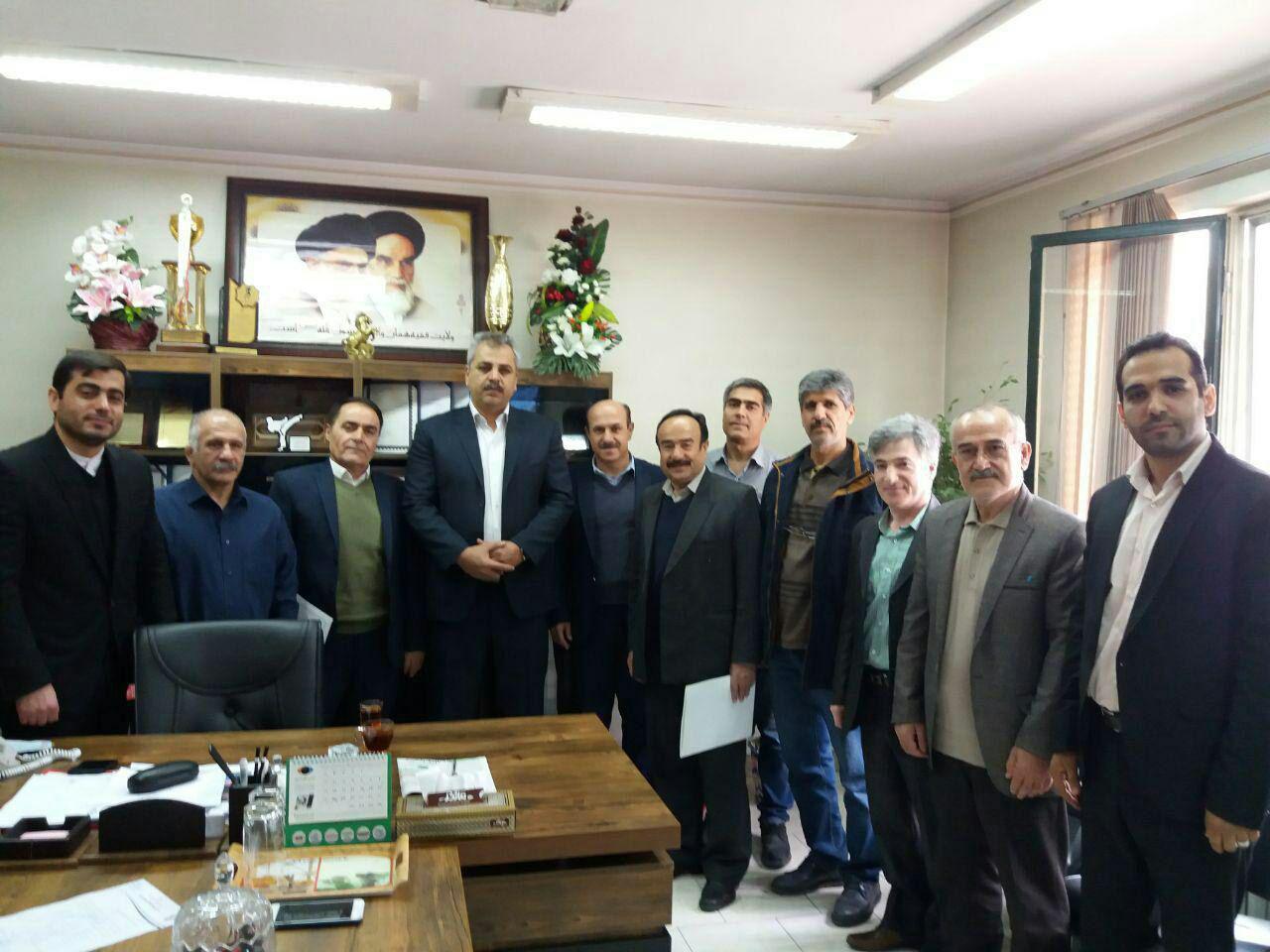 تجلیل از دست اندرکاران همایش روز ملی هوای پاک شهرستان شهریار