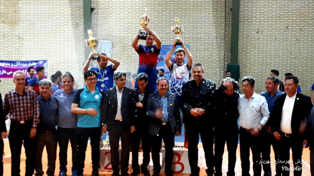 فینال مسابقات فوتسال جام رمضان شهر وحیدیه برگزار شد