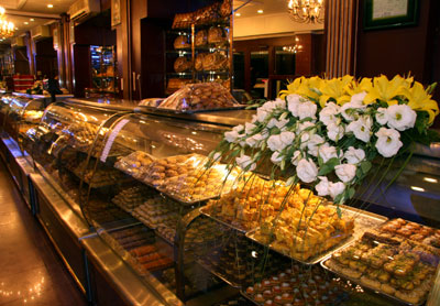قیمت انواع شیرینی اعلام شد؛ دانمارکی ۶۰۰۰ و تر درجه یک ۸۰۰۰ تومان